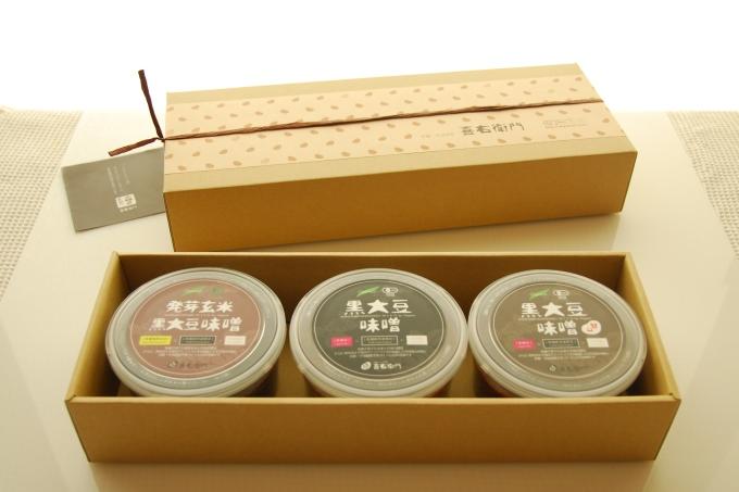 京都・喜右衛門「有機味噌ギフト桃花(ももはな)」 丹波黒豆にこだわったプレミアム味噌500g×3種