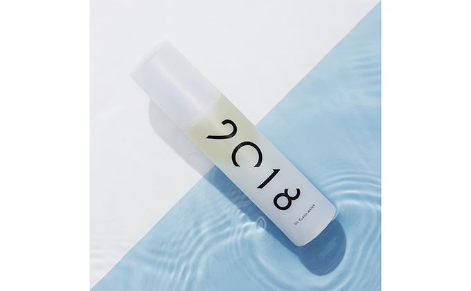2・0・1・8  オイル クラッシュウォーター(化粧液)