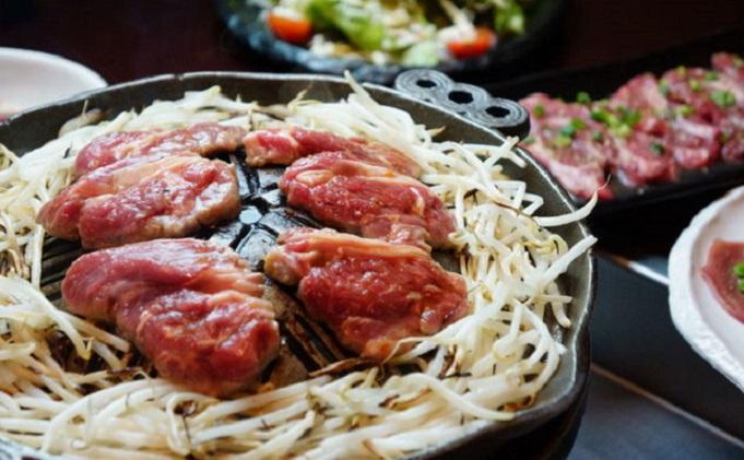北海道中標津町 焼肉店「そら」ジンギスカン詰合せAセット