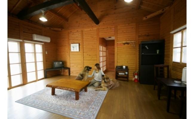 和歌山県湯浅町のふるさと納税 AL6001_ペットと泊まるログコテージの宿『パートナーズハウスゆあさ』ペア宿泊券(1泊2食付)