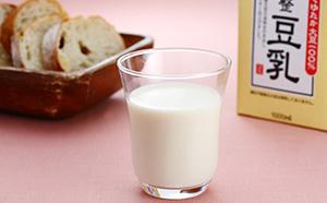 大豆成分無調整豆乳 <ふくれん>