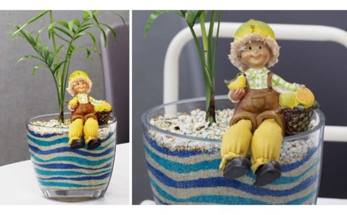 観葉植物とフルーツの妖精人形のサンドアート(ブルー系)