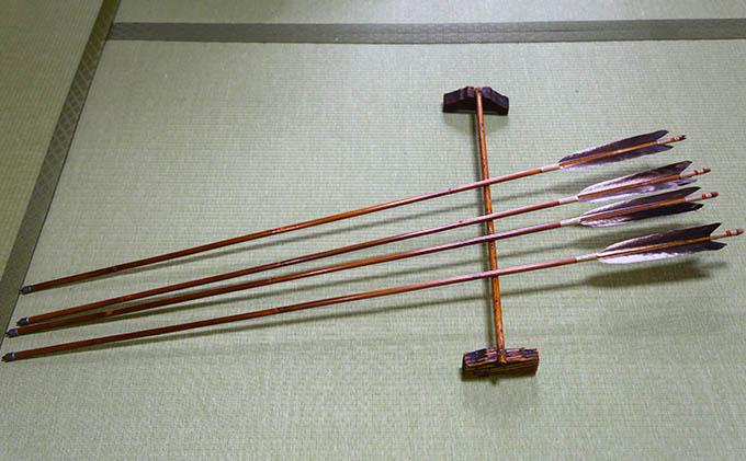 【安田弓具店 】竹製的矢  4本セット