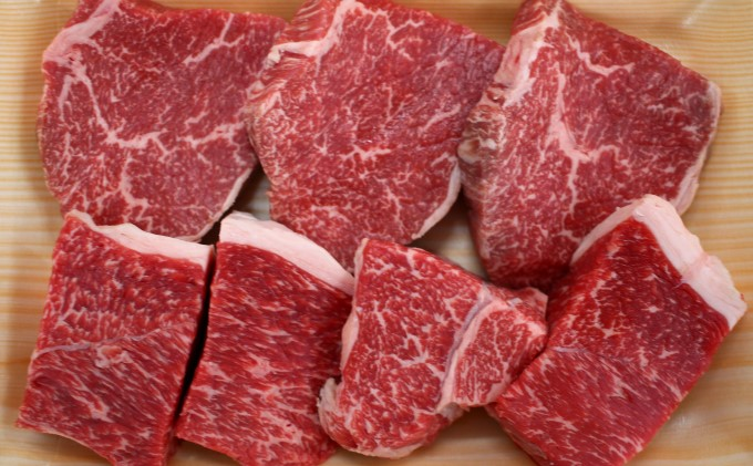 <8月17日以降の発送予定>井上牧場 朝倉牛 赤身ステーキ 500g