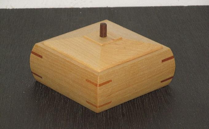 小さな胴丸箱 楓