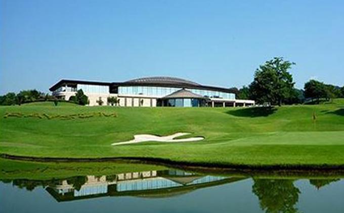 レーサムゴルフ&スパリゾート平日1名様プレー券