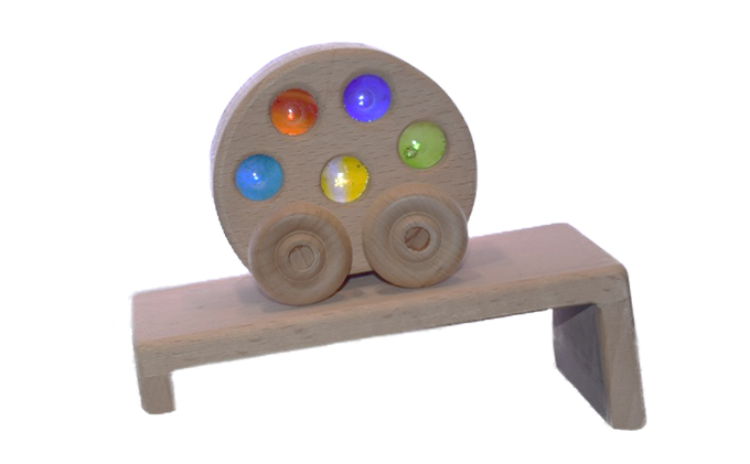 手作り木のおもちゃ 煌めくクルリンカー