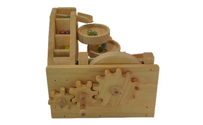 手作り木のおもちゃ ビー玉からくり 3連トルネード