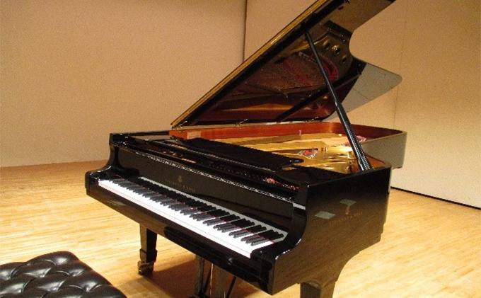 王寺町やわらぎ会館での「スタインウェイピアノ」舞台での演奏券