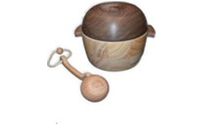 手作り木のおもちゃ 具沢山の大きなお鍋