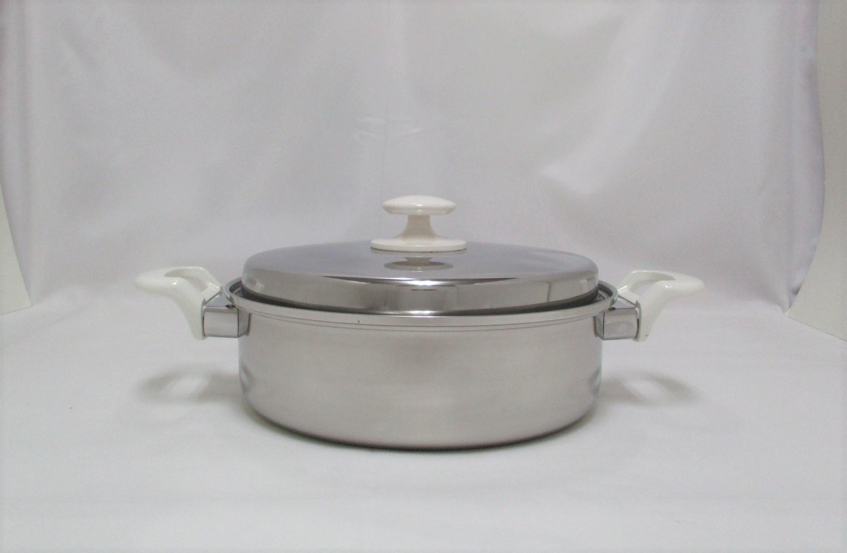 三層鋼浅型両手鍋24cm CS015003