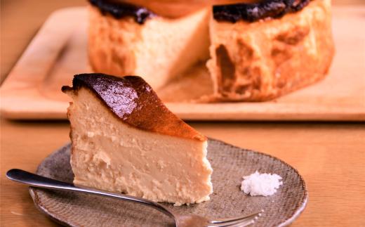 30-60 Cafe ほの香のオホーツクバスクチーズケーキ